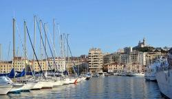 marseille old port - cover study Foreign Direct Investment (FDI) in the MEDA region in 2006 - copyright pixabay